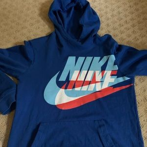 Nike long sleeve hoodie tee sz L